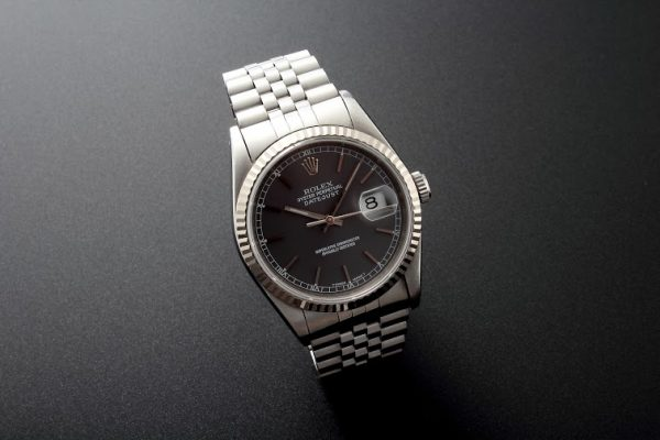 Lot#204 Rolex Datejust White Gold Bezel