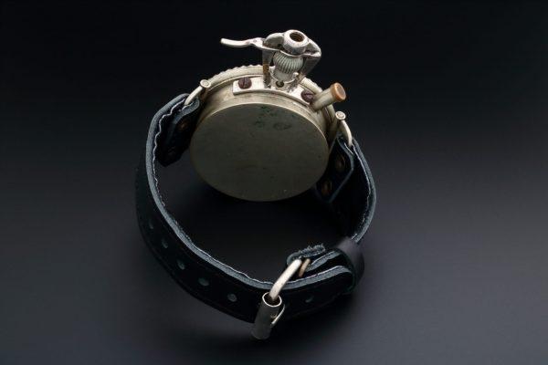 Leonidas Oversized Military Pilot Watch - Baer Bosch Auctioneers