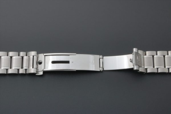 Omega Speedmaster Watch Bracelet 1562_850 - Baer Bosch Auctioneers