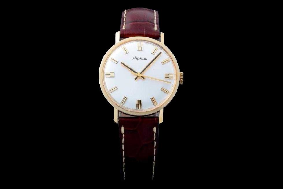 Lot #3212 Vintage Gents 18k Yellow Gold Alpina Wristwatch. Auction Alpina