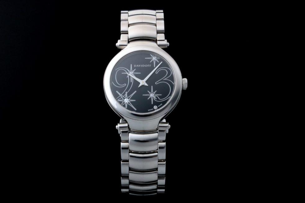 Lot #4860 – Davidoff Ladies Quartz Watch 21160 Davidoff Davidoff 21160