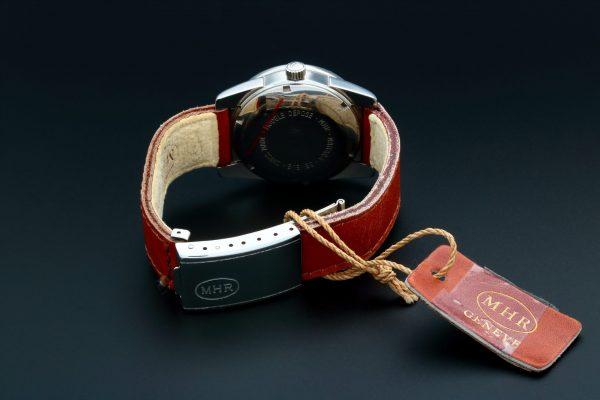 Vintage MHR Mahara Date Grey Dial Watch - Baer & Bosch Auctioneers