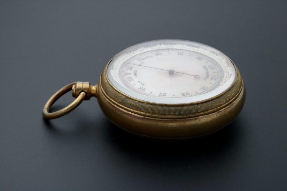 Aneroid Compensated Pocket Barometer – Baer & Bosch Auctioneers