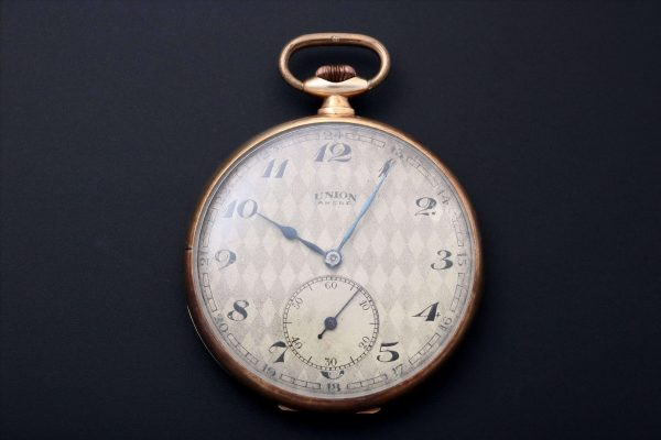 14k Yellow Gold Union Ancre Pocket Watch - Baer & Bosch Auctioneers