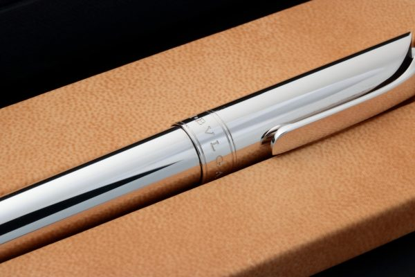 Bvlgari Rollerball Sterling Silver Pen - Baer Bosch Auctioneers