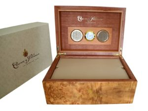 Lot #4950 – Cuervo y Sobrinos Wooden Cigar Humidor Watch Box Cuervo y Sobrinos Cuervo y Sobrinos