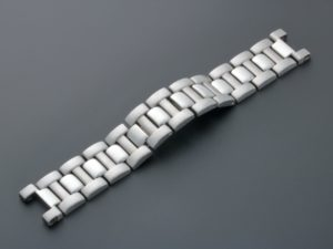 Lot #3298A – Cartier Pasha Stainless Steel Watch Bracelet Curved Links 18MM