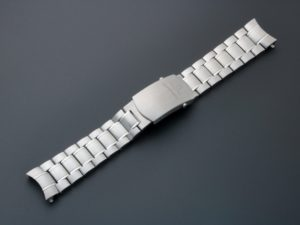 Lot #4818 – Omega Speedmaster Watch Bracelet 1564/975 19MM Omega Omega 1564/975