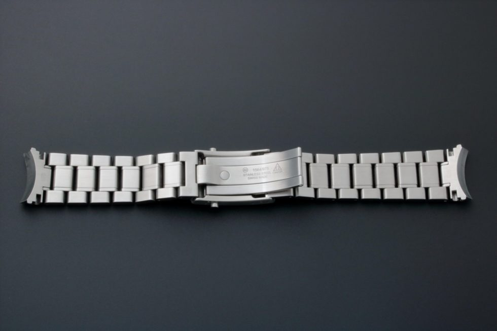 Lot #3637 – Omega Speedmaster Watch Bracelet 1564/975 19MM Omega Omega 1564/975