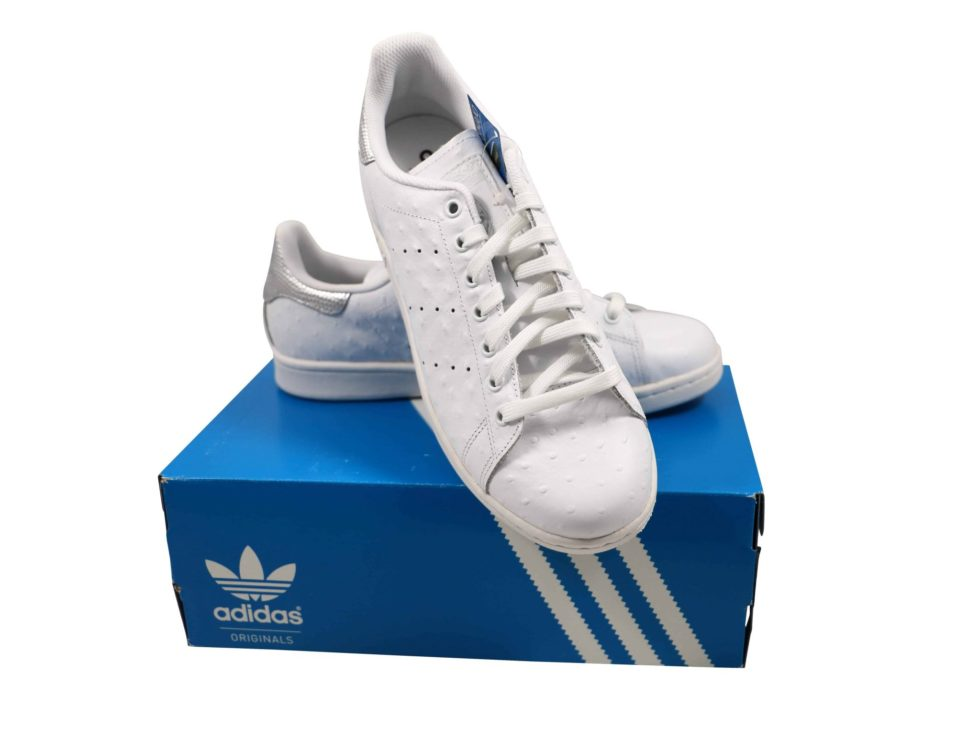 Lot #7481 – Adidas Stan Smith Ostrich Leather White Silver S80342 Size 10 [category] [tag]