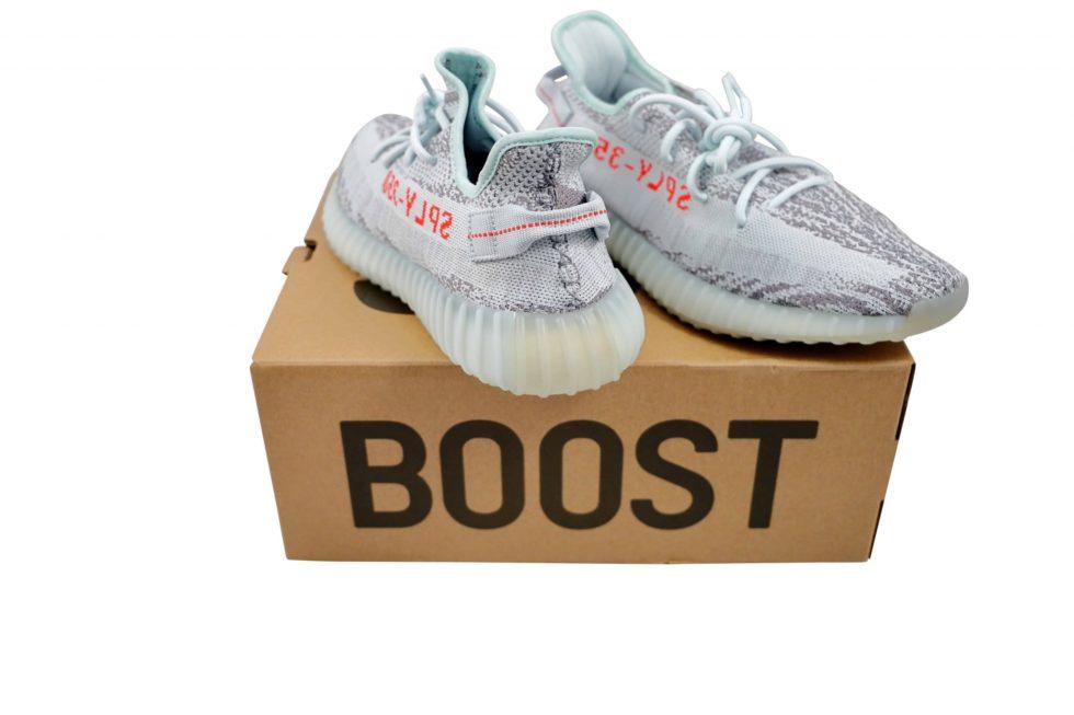 Lot #5215 – Adidas Yeezy Boost 350 V2 Blue Tint B37571 11 [category] [tag]