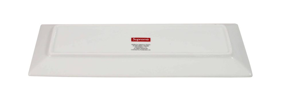 Lot #5211– Supreme x AKIRA Syringe Ceramic Tray White [category] AKIRA