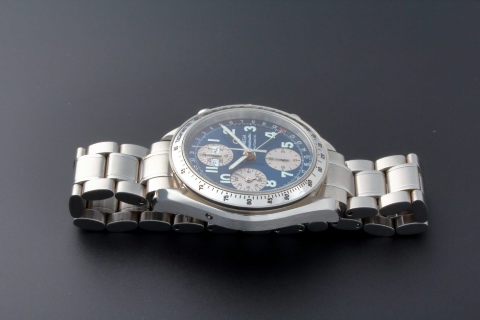 Lot #5674 – Special Edition Omega Speedmaster Triple Calendar Japanese Market Watch 3523.81.00 Omega Chronograph