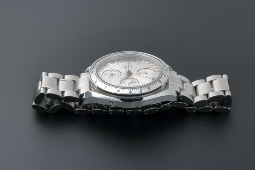 Lot #5600 – Omega Speedmaster Triple Calendar Watch 3523.30.00 Omega Omega Chronograph
