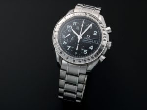 Lot #10872 – Omega 3513.52 Speedmaster Date Watch Special Edition 3513.52 Omega 3513.52