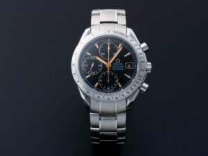 Lot #5613 – Omega Speedmaster Special Edition Date Watch 3211.50 Omega Omega 3211.50.00