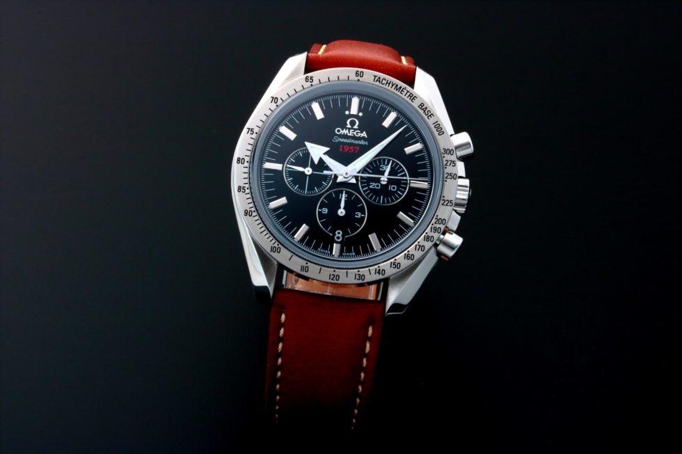 Lot #5622 – Omega Speedmaster Broad Arrow 1957 Watch 321.10.42.50.01.001 Omega Chronograph