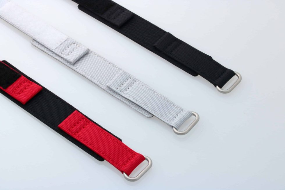 Lot #9289 – Set of 3 Canvas Watch Straps With Velcro 22MM 22mm Straps Omega Bracelets
