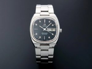 Lot #4872 – Vintage Omega Seamaster Black Star Dial Watch 166.0213 Omega Omega 166.0213