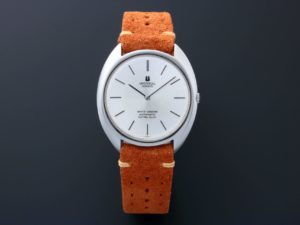Lot #4943 – Universal Geneve White Shadow Watch 866101 Universal Geneve Tokki Project Leather Watch Strap