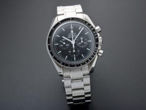 Lot #10933 – Omega 3574.51.00 Speedmaster Apollo XVII Moonwatch 3574.51.00 Chronograph