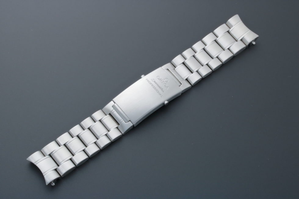Lot #9205 – Omega 1613/934 Seamaster Professional 20MM Watch Bracelet Omega Omega