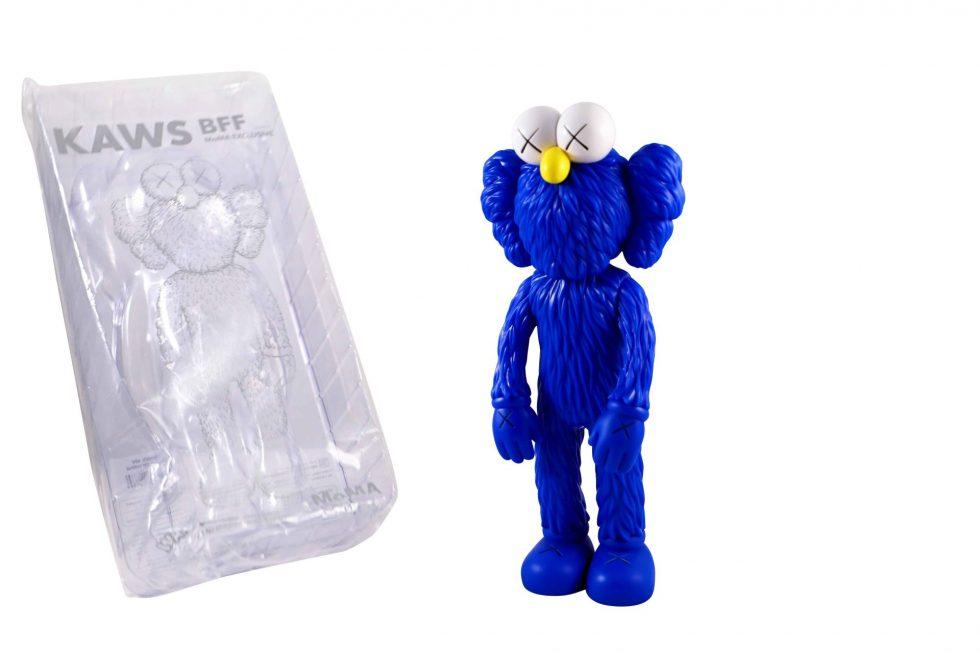 Lot #8715 – KAWS BFF Blue Vinyl Figure Sculpture Open Edition Art Toys [tag]