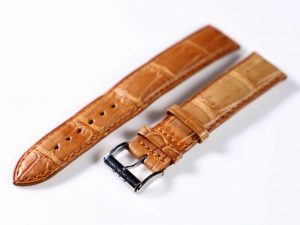 Lot #6300 – Eberhard & Co 19MM Alligator Strap with Eberhard & Co Tang Buckle Eberhard & Co Eberhard & Co Alligator Strap