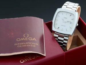 Lot #8944 – Vintage Omega TV Screen Seamaster Date Watch 166.0138 1162/1/172 Omega 1162/1/172
