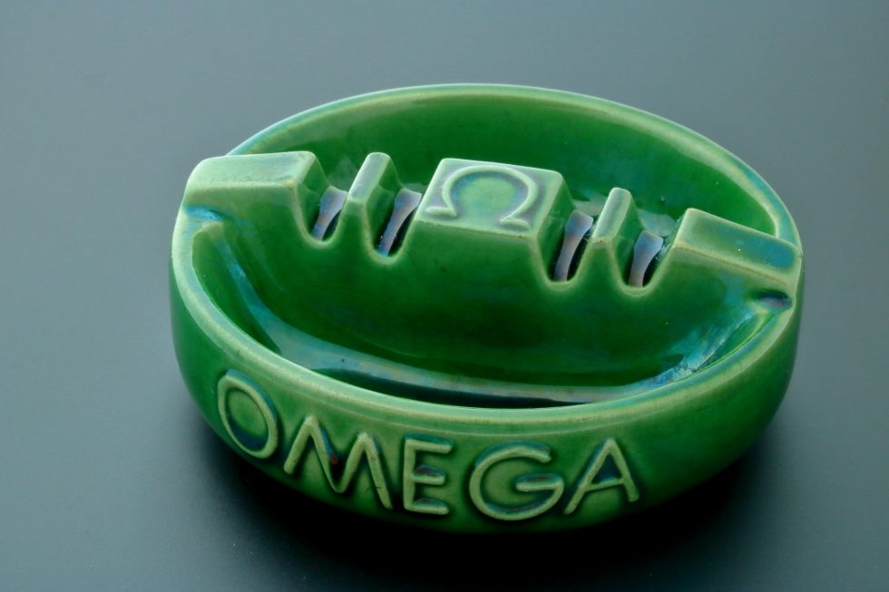 6668 Omega Vintage Green Ceramic Ashtray Baer & Bosch Watch Auctions