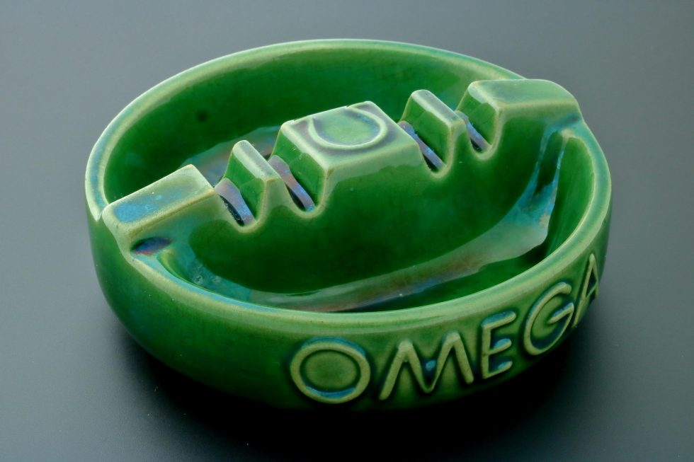 6668 Omega Vintage Green Ceramic Ashtray Baer & Bosch Watch Auctions1