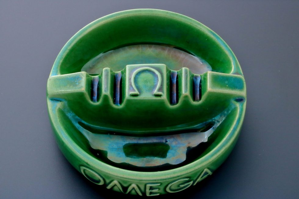 6668 Omega Vintage Green Ceramic Ashtray Baer & Bosch Watch Auctions2