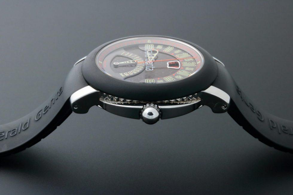 Lot #6784 – Gerald Genta Biretro Sport Watch BSP-Y-10-116807 Stainless Steel BSP-Y-10-116807 Gerald Genta