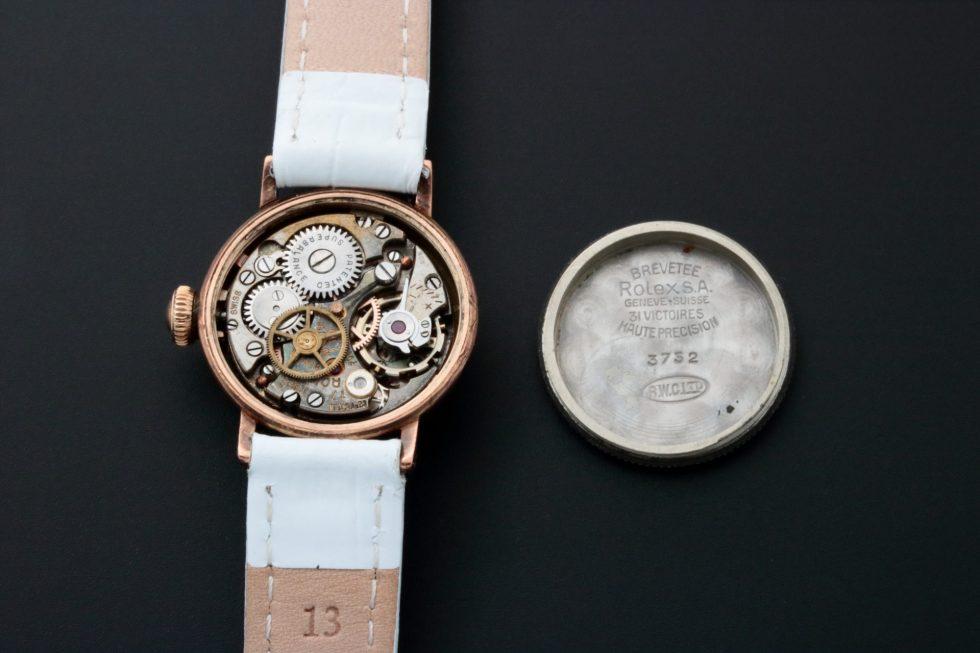 Lot #7632 – Rolex 3732 Oyster Watch Rare Vintage Ladies 3732 Rolex 3732