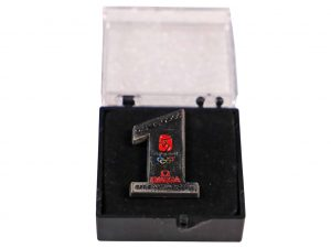 Lot #6478 – Omega Official Timekeeper Beijing 2008 Olympics Pin Omega [tag]