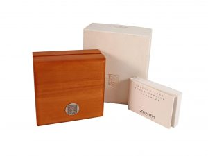 Lot #6600 – Zenith Wood Watch Box With Instruction Book Watch Parts & Boxes [tag]