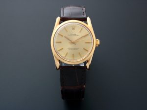 Lot #10464 – Vintage 14k Yellow Gold Rolex Bombay Oyster Perpetual Watch 1010 1010 Dress Watch