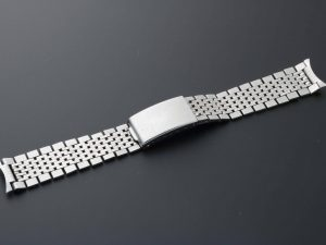 Lot #6494A – Universal Geneve Gay Freres 18mm Watch Bracelet Vintage Universal Geneve Gay Freres