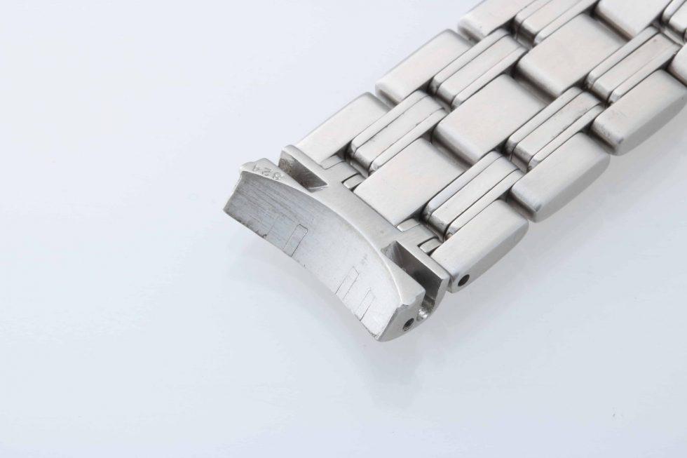 Lot #8999 – Omega Seamaster Professional 18MM Watch Bracelet 1502/824 1502/824 Omega 1502/824