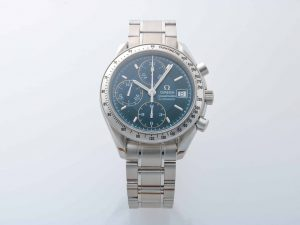 Lot #10946 – Omega 3513.80 Speedmaster Special Edition Date Watch 3513.80 Omega 3513.80