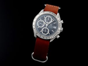 Lot #10906 – Omega 3513.46 Speedmaster Date Special Edition Watch Omega Omega 3513.46